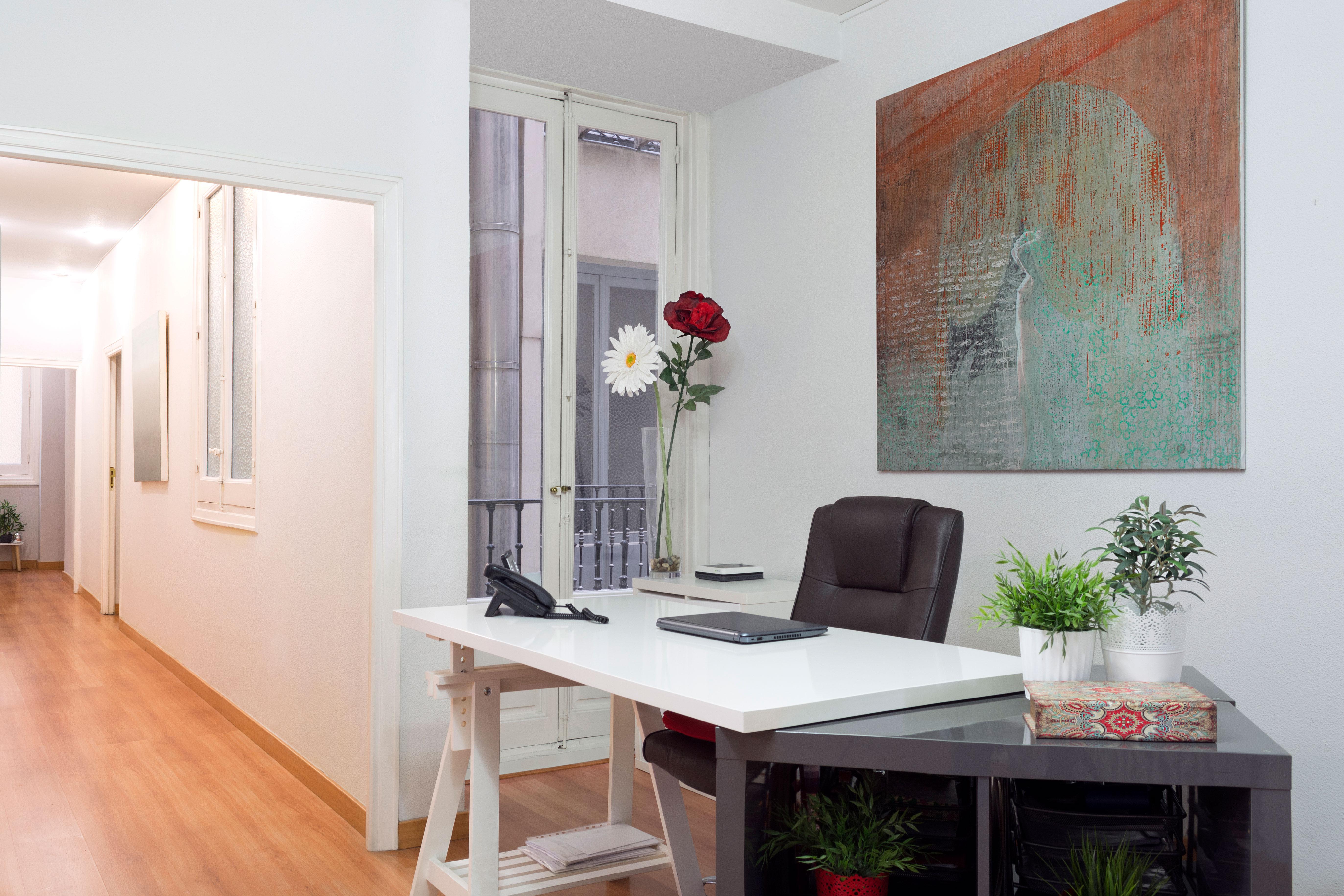 Oficina virtual madrid alquiler de despachos por horas for Horas convenio oficinas y despachos